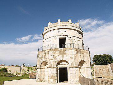 Mausoleo di Teodorico, a Ravenna.