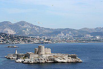 Castello d'If al largo di Marsiglia.
