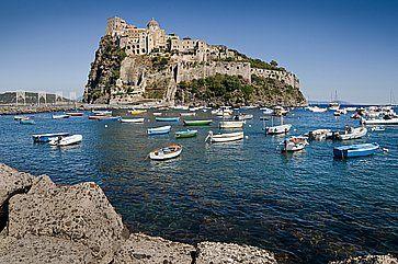 Castello Aragonese sull'isola di Ischia.
