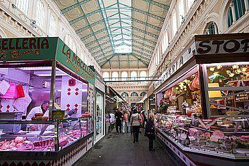 Lo storico mercato al coperto a Livorno.