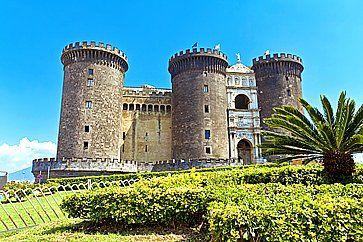 Castello di Maschio Angioino a Napoli.