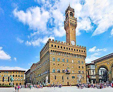 Piazza della Signoria e Palazzo Vecchio a Firenze.