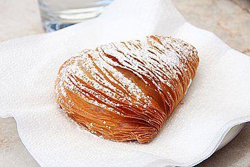 Sfogliatella, dolce tipico napoletano
