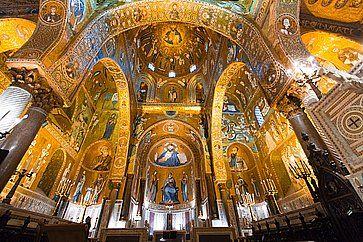 Mosaico d'oro nella chiesa della Martorana a Palermo.