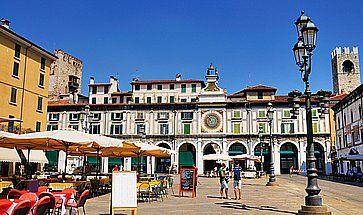 Piazza della Loggia a Brescia.