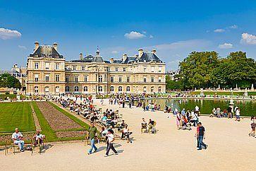 Il Palazzo del Lussemburgo a Parigi.