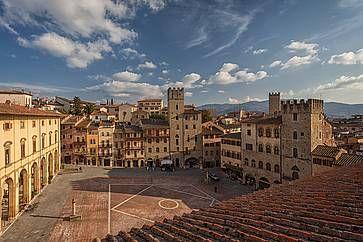Vista dal campanile della Chiesa di Santa Maria della Pieve ad Arezzo.