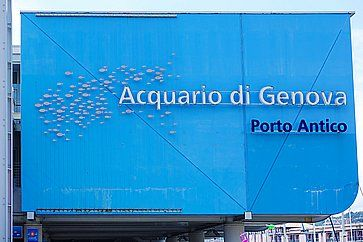 L'ingresso dell'Acquario di Genova.