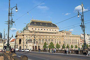 Il Teatro Nazionale di Praga.
