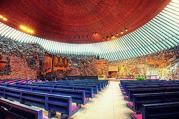 Chiesa Temppeliaukio ad Helsinki.