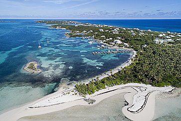 Vista aerea di Tahiti Beach e Elbow Cay ad Abaco.