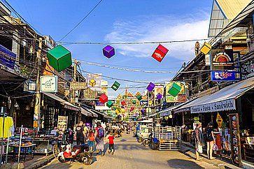 Strada nel centro di Siem Reap.