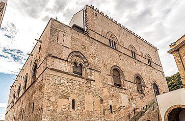 Il Palazzo Chiaramonte a Palermo.