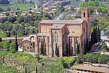 La Basilica di San Domenico a Siena.