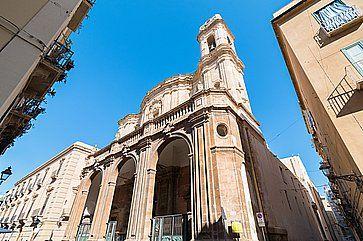 La Cattedrale di San Lorenzo a Trapani.