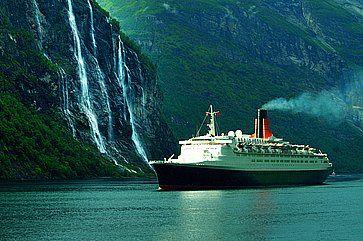 Nave da crociera in Norvegia.