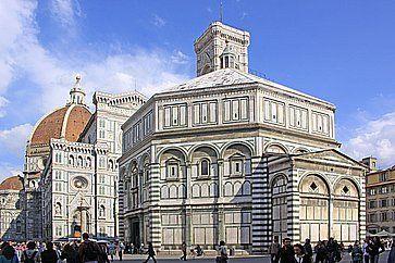 Il Battistero san Giovanni a Lucca.