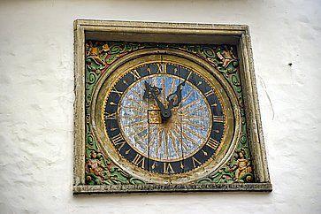 Vecchio orologio a Tallinn