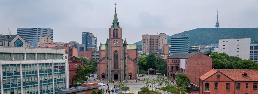La cattedrale di Myeongdong.