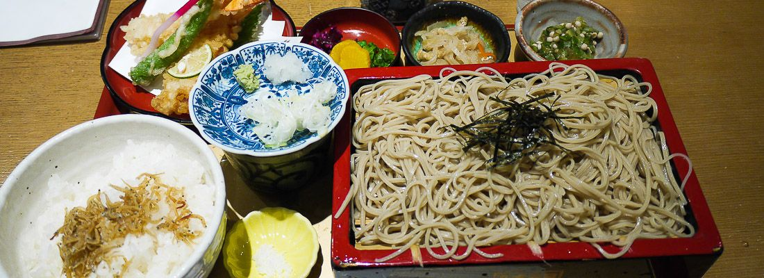 Soba e tempura al ristornate Ukiya.