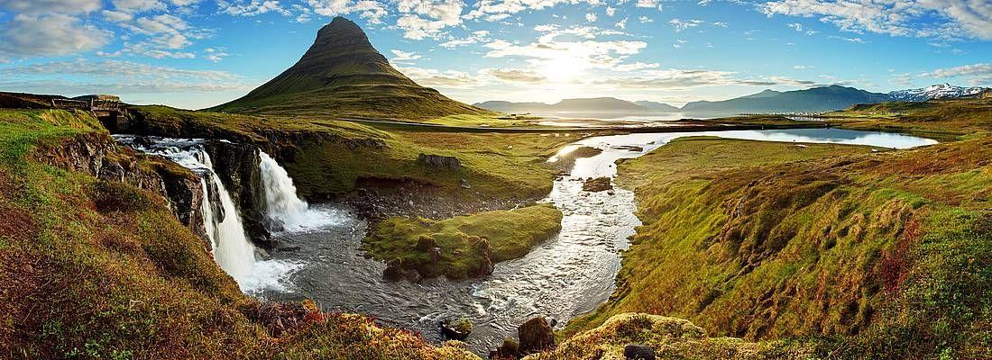 Panorama della natura incontaminata in Islanda.