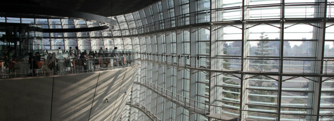L'interno del National Art Center a Roppongi.