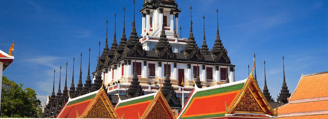 Il tempio Loha Prasat.