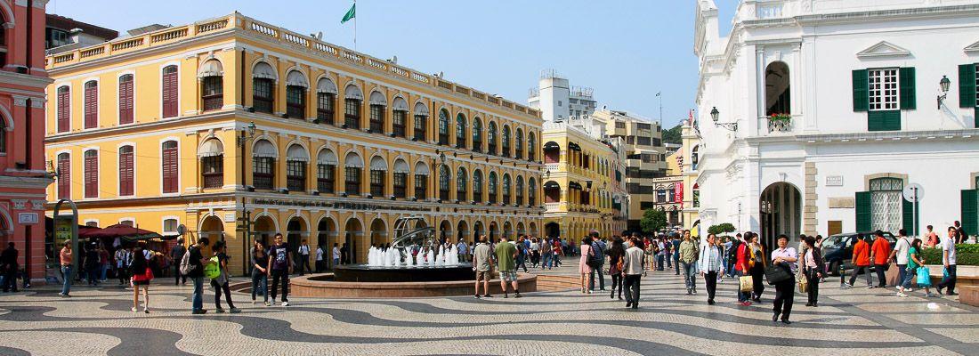 La piazza del Senato a Macao.