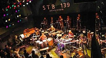 L'interno del locale STB 139, durante un concerto jazz.