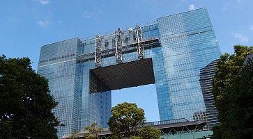 L'edificio Telecom Center ad Odaiba.