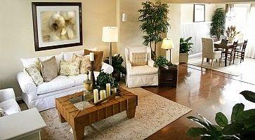 Il soggiorno di un elegante appartamento.