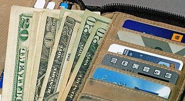 soldi-assicurazione-viaggio-f