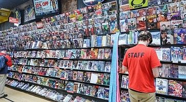 midtown-comics-12