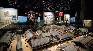 Modellino di un antico villaggio, al Museo della storia di Osaka.
