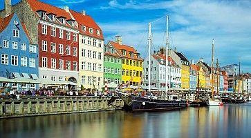 Nyhavn in Copenhagen, Denmark