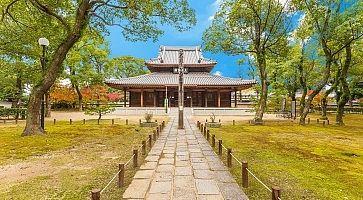 Shofukuji Zen Temple in Fukuoka, Japan.