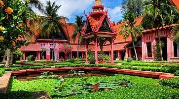 Garden Phnom Penh - Cambodia (HDR)