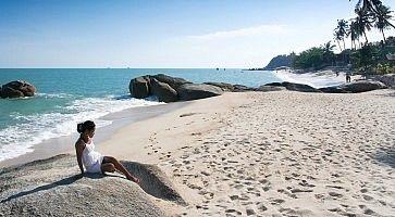 lamai-beach-f