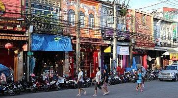 thalang-road-f