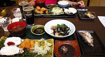 Pasto a base di ostriche da Kakiya sull'isola di Miyajima.
